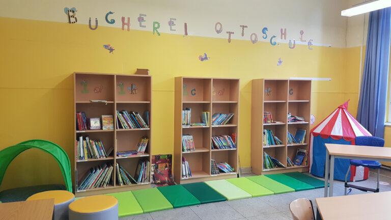 Unsere gern besuchte Schülerbücherei.